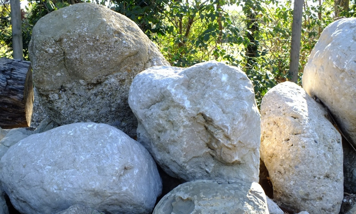 pietre ornamentali giardino